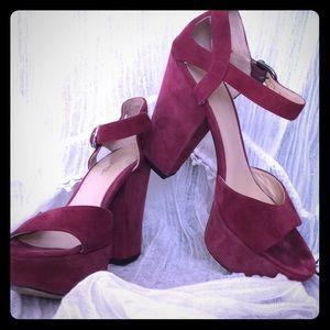 Beautiful Via Spiga Heels